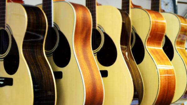 ギターの塗装について