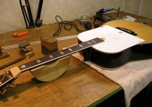 規制されている木材を使ったギターはリペアできない?